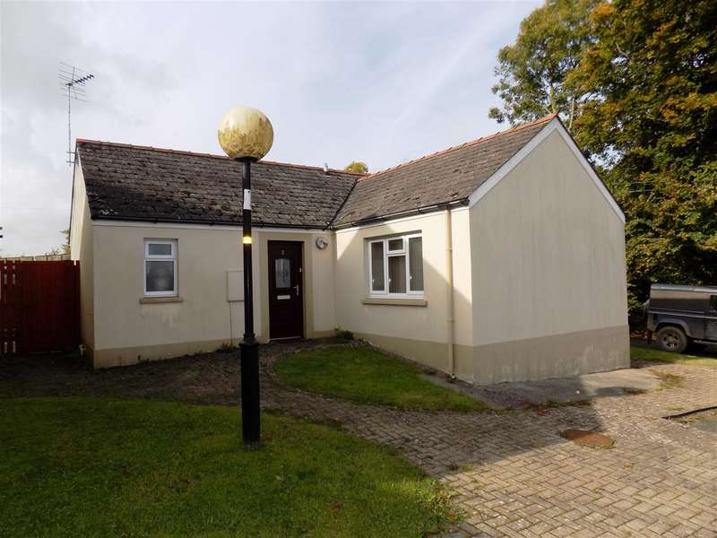 2 Bedrooms Bungalow for sale in Merlin Court, Haylett Lane, Haverfordwest