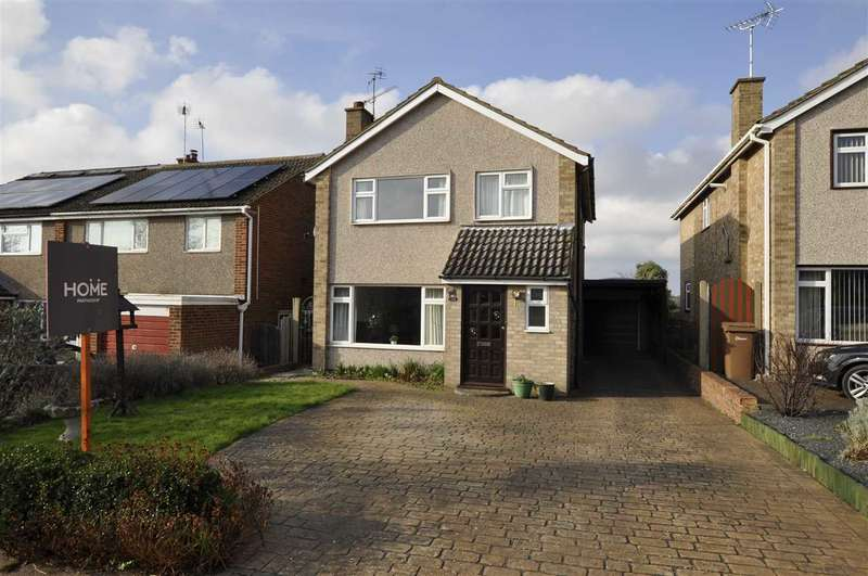 4 Bedrooms Detached House for sale in Chichester Drive, Chelmsford