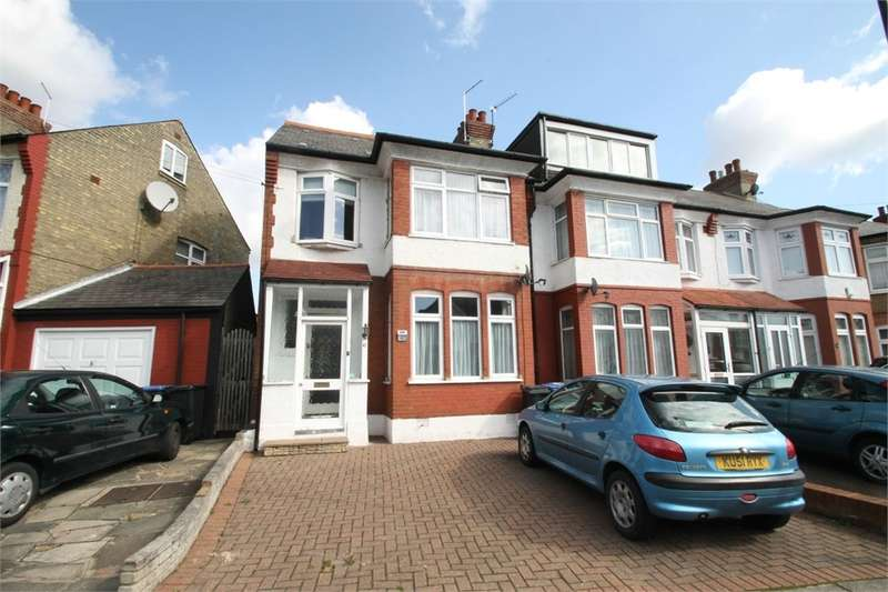 4 Bedrooms End Of Terrace House for rent in Farm Road, N21
