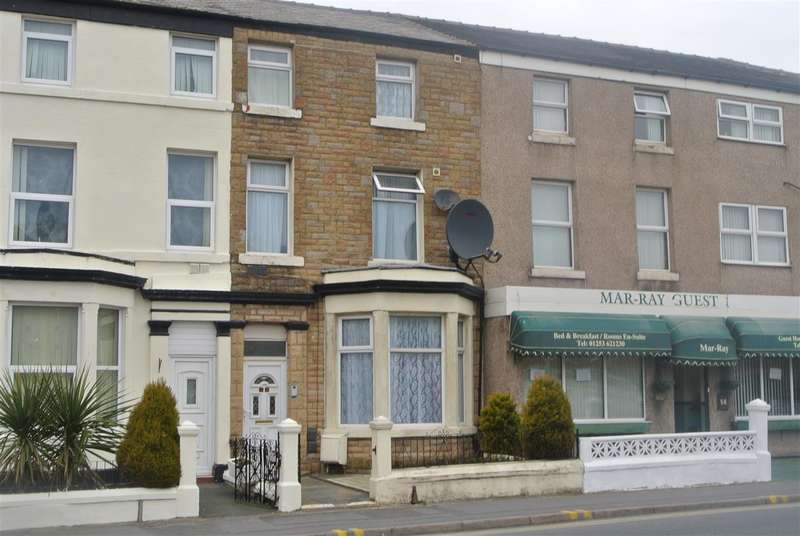5 Bedrooms End Of Terrace House for sale in Springfield Road, Blackpool
