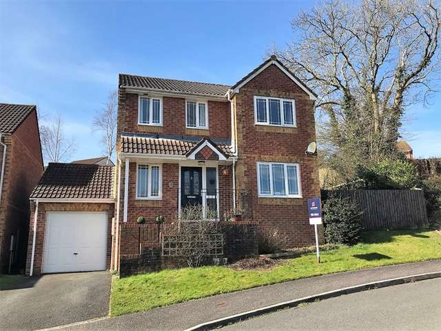 4 Bedrooms Detached House for sale in Yallop Way, Honiton