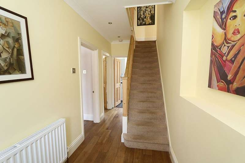 4 Bedrooms Semi Detached House for sale in Ellerman Avenue, Twickenham, London, TW2 6AF