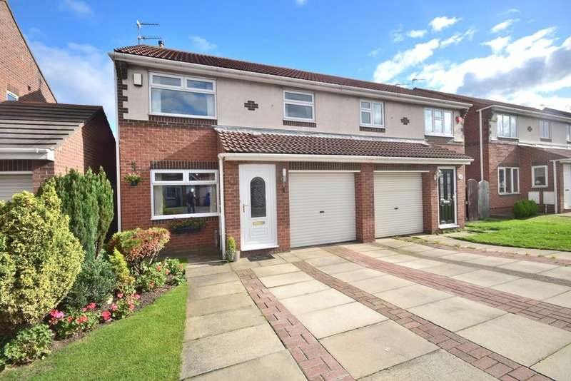 3 Bedrooms Semi Detached House for sale in Swanage Drive, Redcr TS10