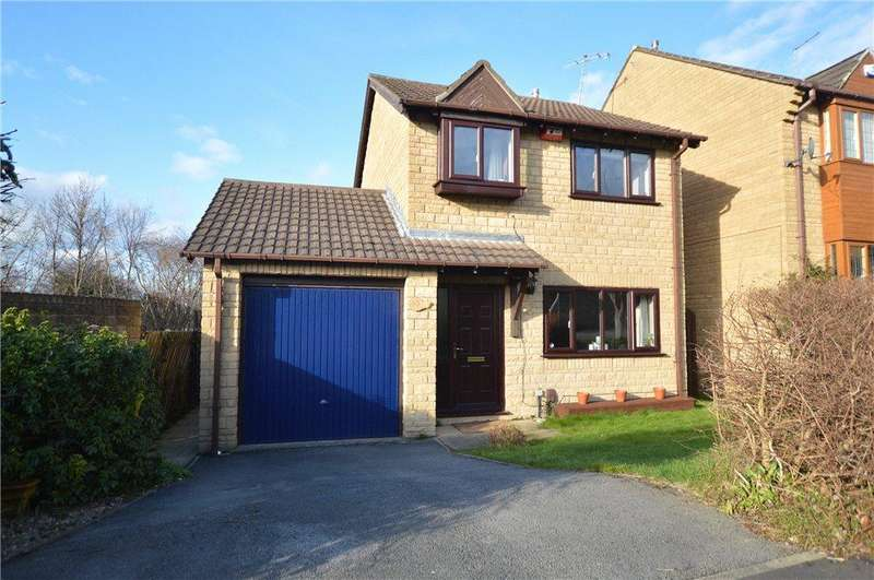 3 Bedrooms Detached House for sale in Daffil Grange Way, Morley, Leeds