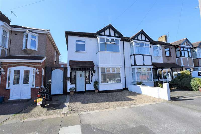 3 Bedrooms End Of Terrace House for sale in Glendale Avenue, Chadwell Heath, RM6