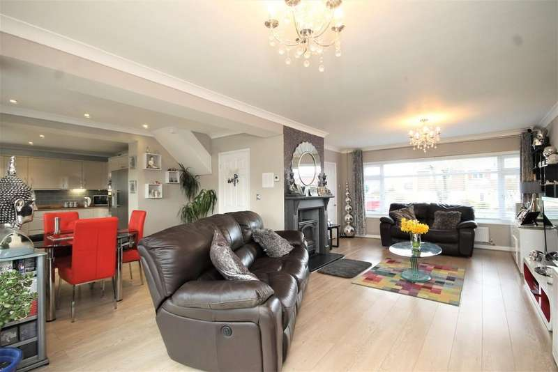 4 Bedrooms Detached House for sale in Coxheath, Maidstone
