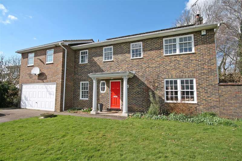 5 Bedrooms Detached House for sale in Harkness Drive, Canterbury