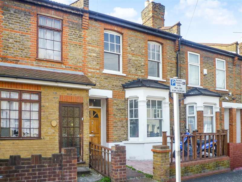 3 Bedrooms Terraced House for sale in Century Road, Walthamstow