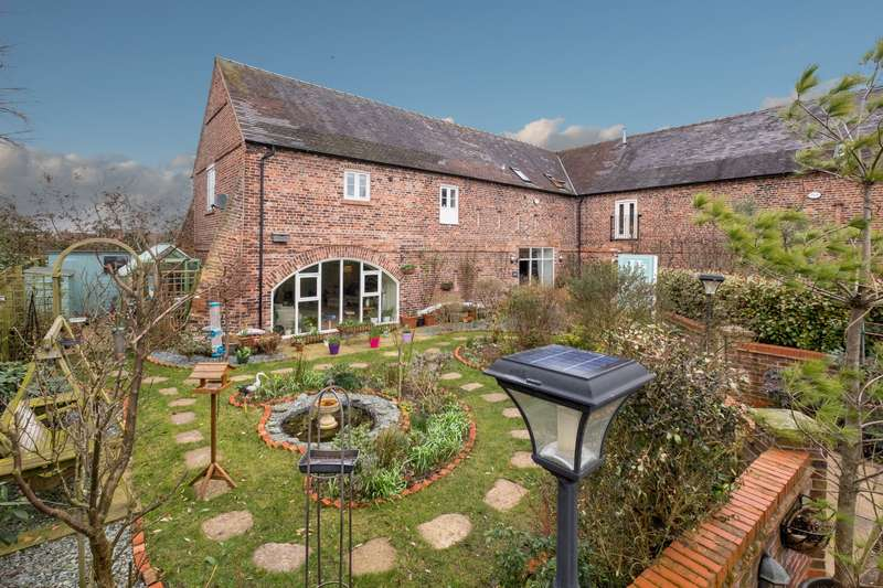 4 Bedrooms House for sale in 4 bedroom Barn Conversion Semi Detached in Middlewich