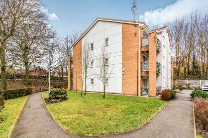 1 Bedroom Flat for sale in Christy Close, Hyde, Greater Manchester, United Kingdom