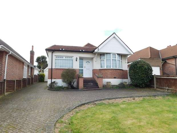 3 Bedrooms Bungalow for sale in Southwood Drive, Surbiton