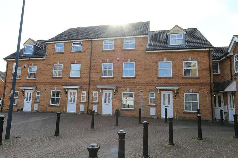 3 Bedrooms Terraced House for sale in Crystal Way, Bradley Stoke, Bristol, Gloucestershire, BS32 8GA