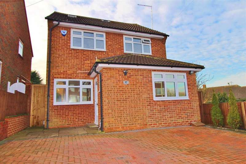 4 Bedrooms Detached House for sale in Stanborough Avenue, Borehamwood