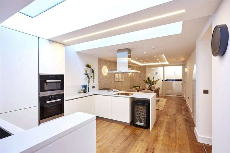 4 Bedrooms Terraced House for sale in Upland Road, East Dulwich, London, SE22