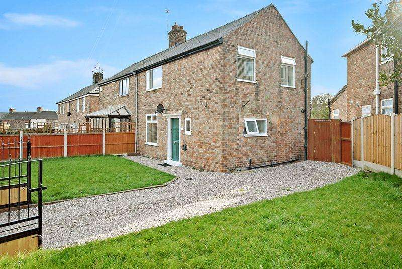 3 Bedrooms Semi Detached House for sale in Maple Avenue, Widnes