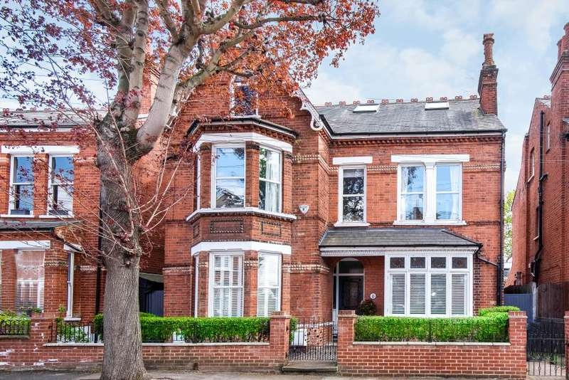 5 Bedrooms Detached House for sale in Brunswick Road, Kingston upon Thames KT2