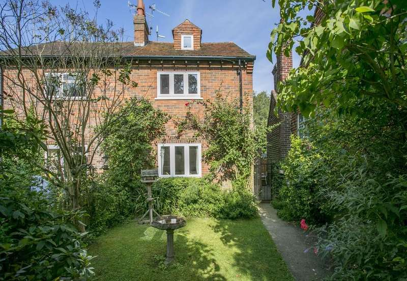 3 Bedrooms Semi Detached House for sale in Old Town Hill, Lamberhurst