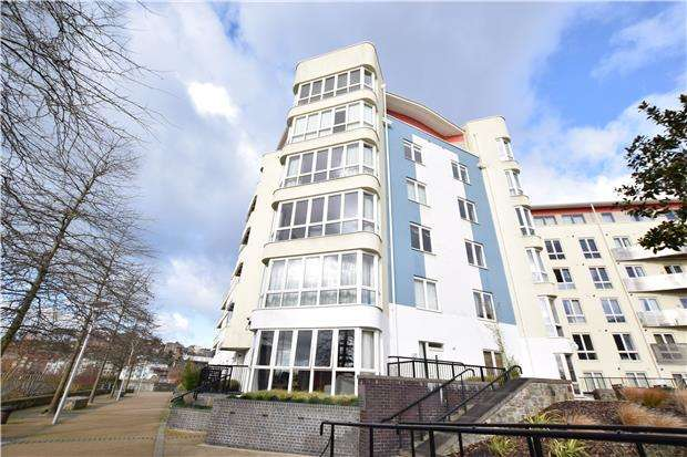 1 Bedroom Flat for sale in The Crescent, Hannover Quay, BRISTOL, BS1 5JR