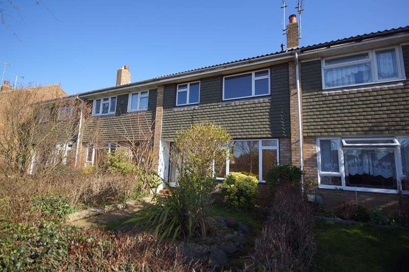 3 Bedrooms Terraced House for sale in Eagle Way, Shoeburyness, Southend-On-Sea