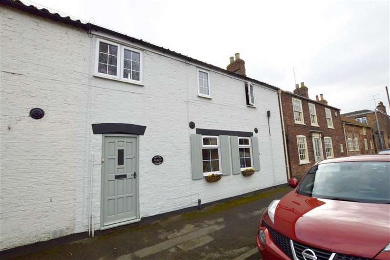 3 Bedrooms Cottage House for sale in East Street, Leven, East Yorkshire