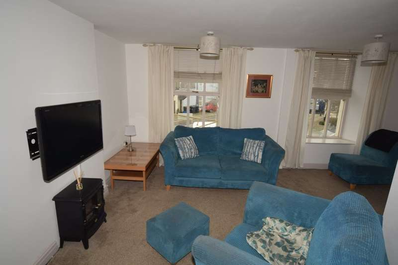 2 Bedrooms Flat for sale in The Gill, Ulverston, Cumbria, LA12 7BL
