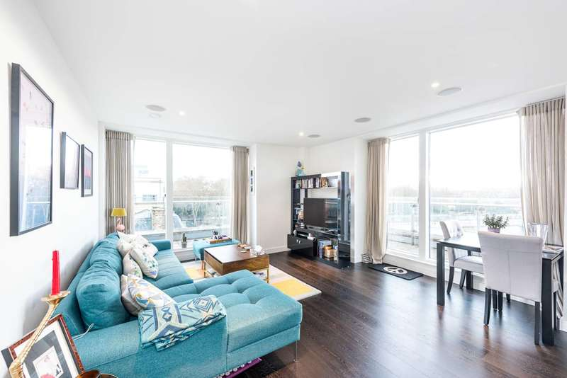 2 Bedrooms Flat for sale in Moore House, Chelsea, SW1W