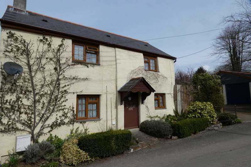 3 Bedrooms Detached House for sale in Diddies, Bude, Cornwall, EX23