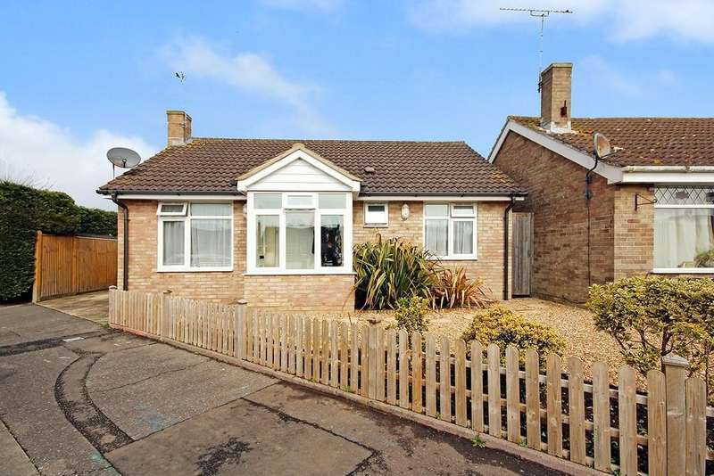2 Bedrooms Detached Bungalow for sale in Newtimber Avenue, Goring-by-sea, Worthing BN12 6NE