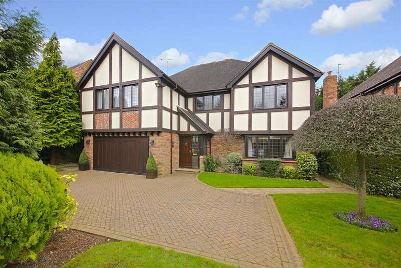 5 Bedrooms Detached House for sale in Nightingale Close, Radlett