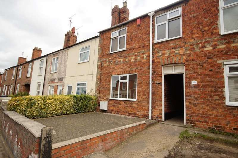 3 Bedrooms Terraced House for sale in Newark Road, Lincoln