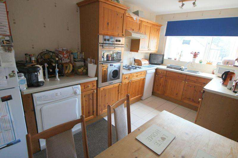 2 Bedrooms Apartment Flat for sale in The Hopkins Precinct, Alcester