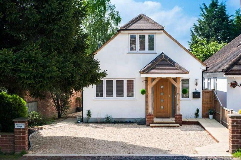 2 Bedrooms Detached House for sale in Goodwin Meadows, Wooburn Green, Buckinghamshire, HP10
