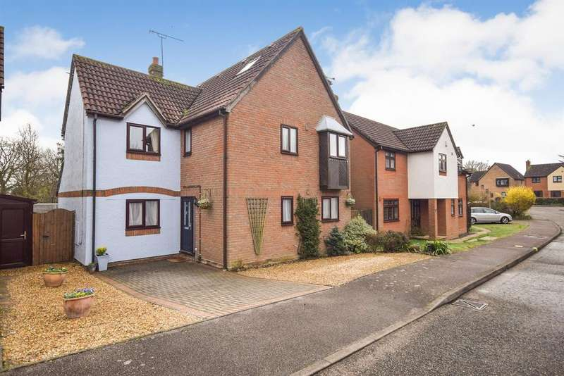 6 Bedrooms Detached House for sale in Heriot Way, Great Totham