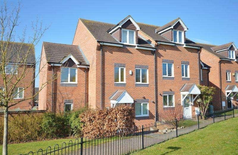 4 Bedrooms Semi Detached House for sale in Ludlow Walk, Oakley Vale, Corby