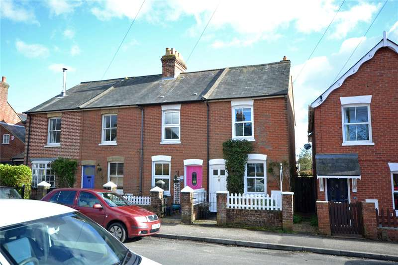 2 Bedrooms Terraced House for sale in Middle Road, Lymington, Hampshire, SO41