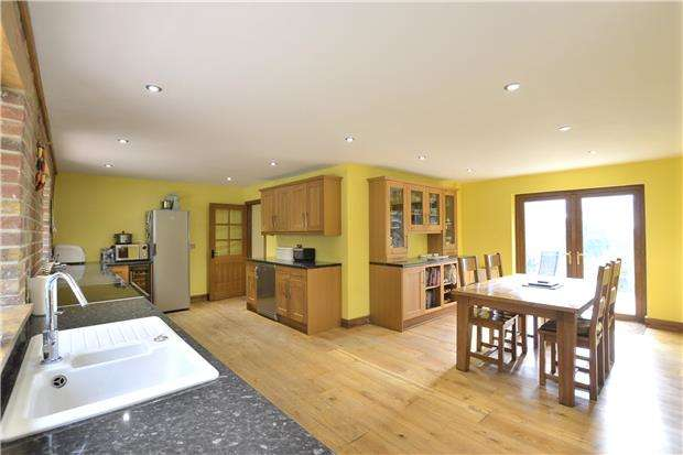 4 Bedrooms Detached House for sale in Dog Lane, Witcombe, GLOUCESTER, GL3 4UG