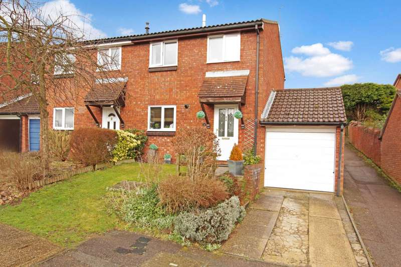 3 Bedrooms Semi Detached House for sale in Mortain Drive, Berkhamsted