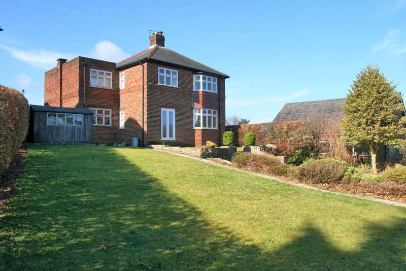 4 Bedrooms Detached House for sale in Sandy Close, Bollington