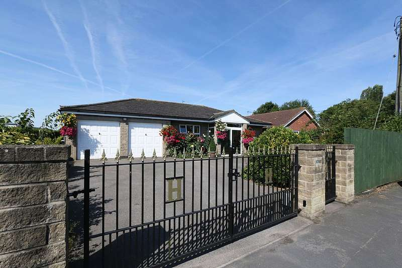 3 Bedrooms Detached Bungalow for sale in Platts Lane, Bucknall, Woodall Spa, Lincolnshire, LN10 5DY