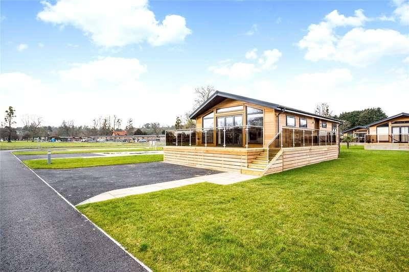 2 Bedrooms Detached Bungalow for sale in Harleyford, Henley Road, Marlow, Buckinghamshire, SL7