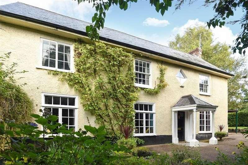 5 Bedrooms Semi Detached House for sale in Threwstones Close, Tiverton, Devon, EX16