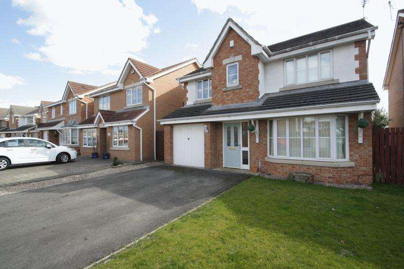 4 Bedrooms Detached House for sale in West End Way, Lower Hartburn, TS18 3UA