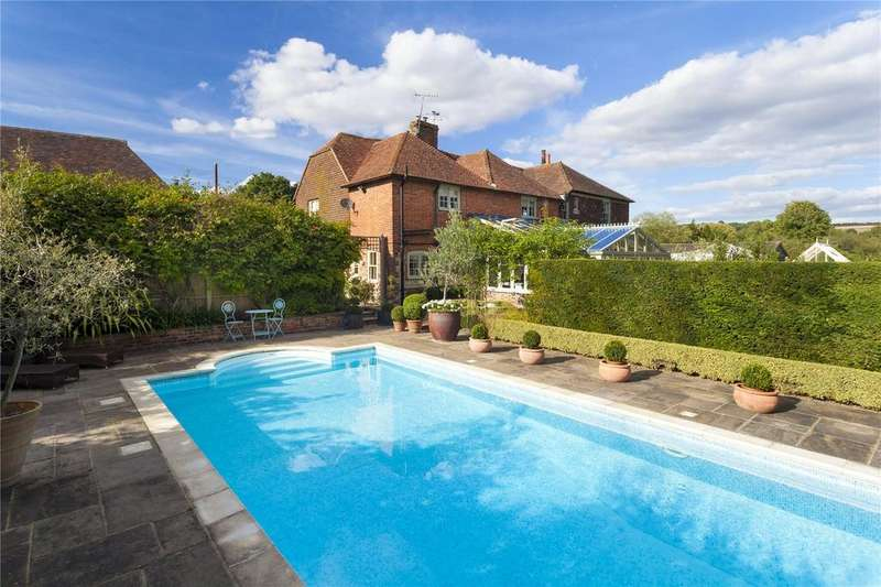 6 Bedrooms Detached House for sale in Headcorn Road, Grafty Green, Kent
