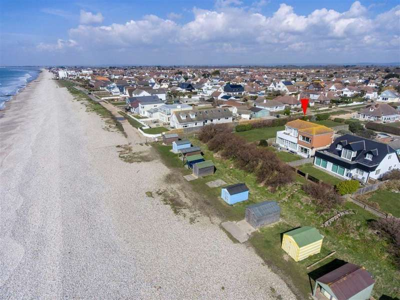 4 Bedrooms Detached House for sale in Coney Six, East Wittering, West Sussex