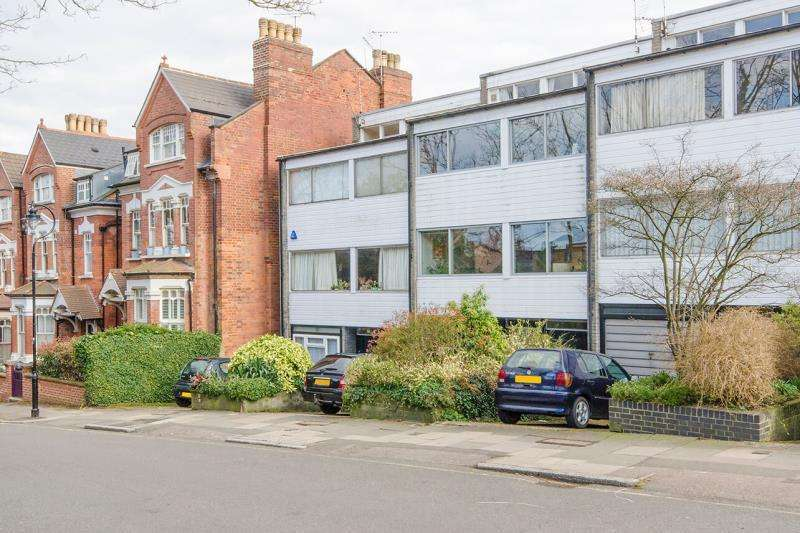 5 Bedrooms Terraced House for sale in Jacksons Lane, Highgate N6