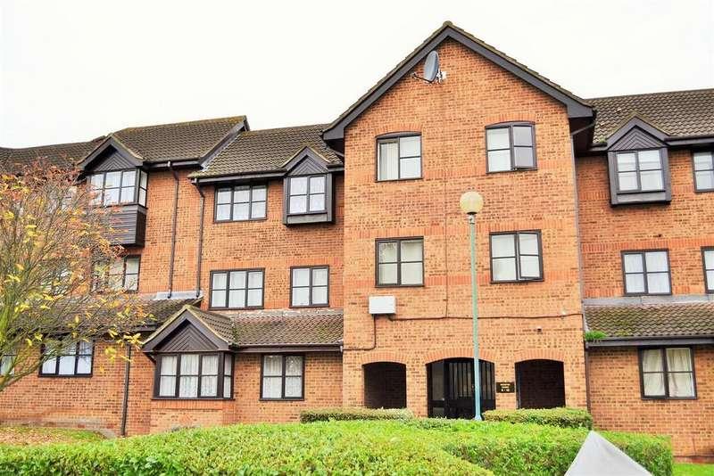 Studio Flat for rent in Hardwick Crescent, Dartford
