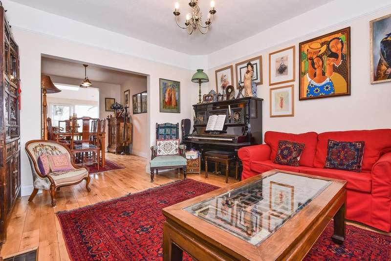 4 Bedrooms End Of Terrace House for sale in Berrylands, Raynes Park