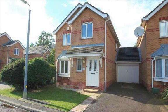 3 Bedrooms Detached House for sale in Tumulus Way, Colchester, CO2