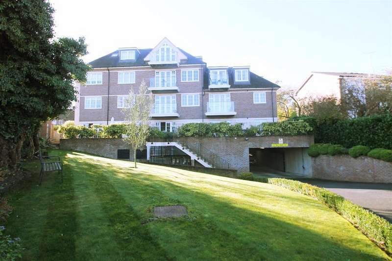 1 Bedroom Apartment Flat for sale in Sparrows Herne, Bushey