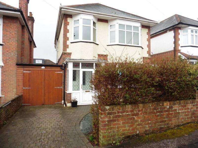 3 Bedrooms Detached House for sale in Priory View Road, Moordown, Bournemouth